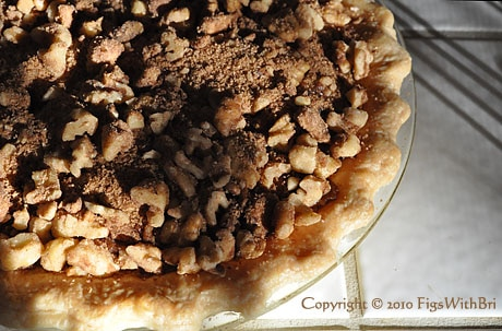 streusel topping on pumpkin pie before baking