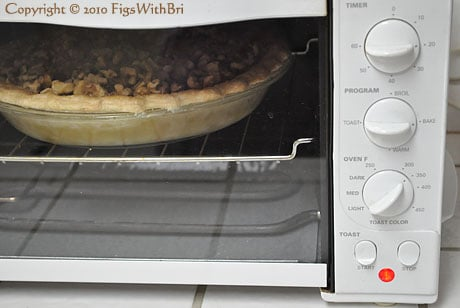 pie baking in toaster oven