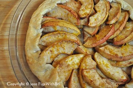photo of baked apple tart